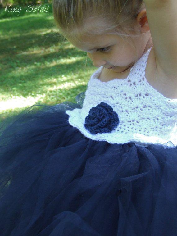 Vestido de azul marino florista con Rosa Náutica por KingSoleil