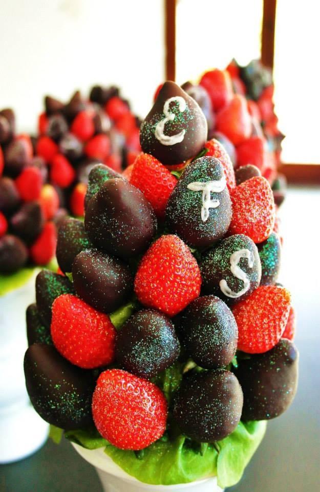 10 images about mesa de postres on pinterest chefs for Centros de mesa con frutas