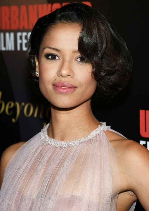 Gugu Mbatha-Raw is a British actress, born April 21, 1983 in Oxford. Wikipedia Date and place of birth: 21 April 1983 (34 years), Oxford, United Kingdom Size: 1.62m TV Shows and TV Shows: Doctor Who, Undercover, Bonekickers, Touch, Easy Parents: Patrick Mbatha, Anna Mbatha Appointments: British Academy Film Award: Rising Star Award