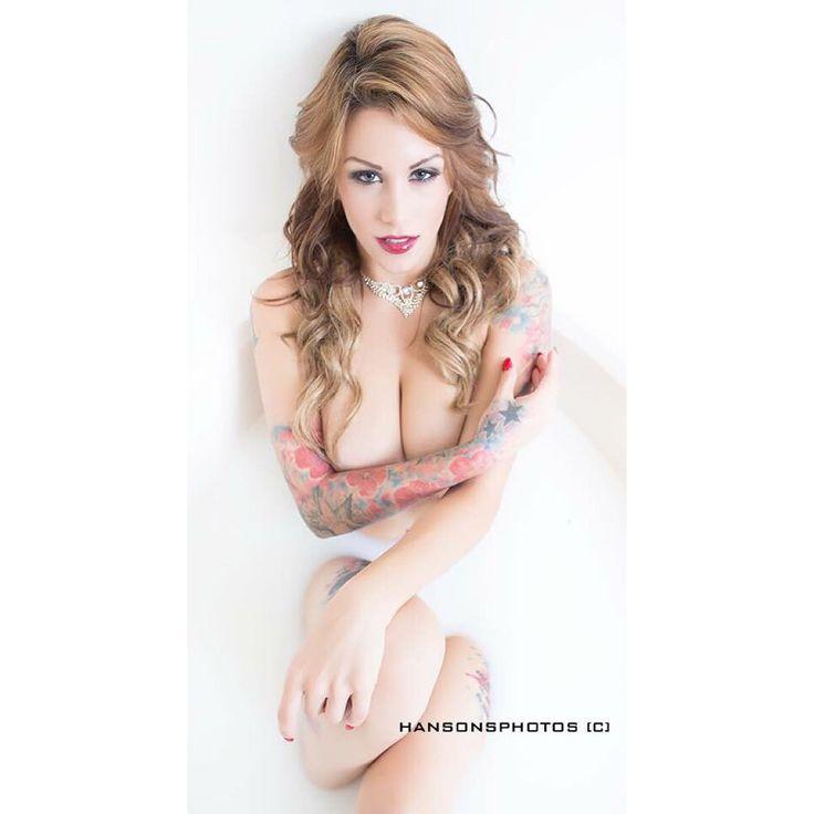 Nikki Nichole photos