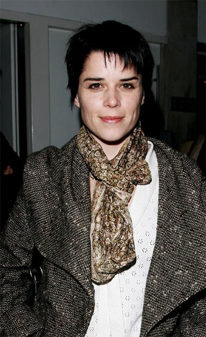 199 Best Images About Neve Campbell On Pinterest-5859