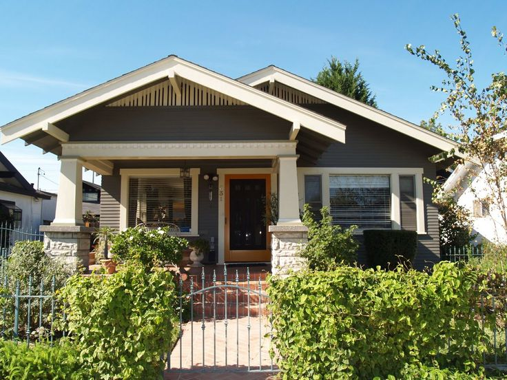 California bungalow belmont heights long beach ca for Craftsman style homes for sale in california