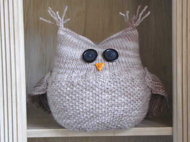 The Guardian Owl by Linda Dawkins | Knitting Pattern (but easy to make your own inspired by this)