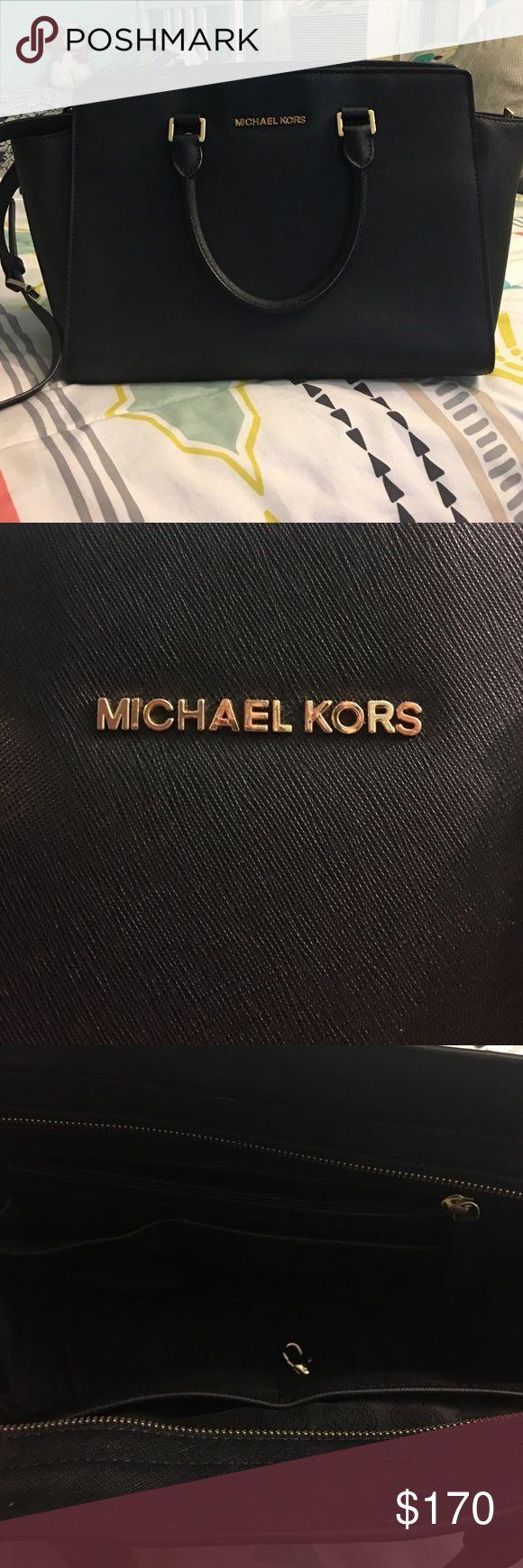 Spotted while shopping on Poshmark: Michael Kors Large Selma! #poshmark #fashion #shopping #style #Michael Kors #Handbags
