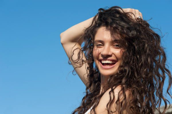 17 Best Ideas About Frizzy Wavy Hair On Pinterest
