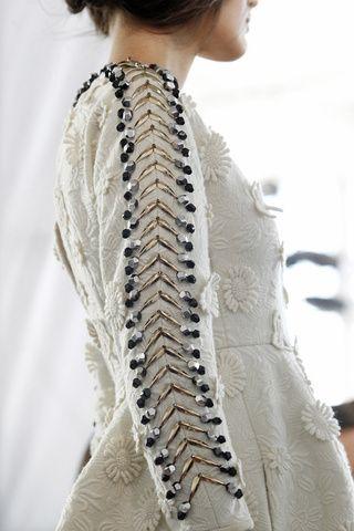 Decorative beading along the sleeve; textures & surface patterns; closeup fashion details // DelPozo