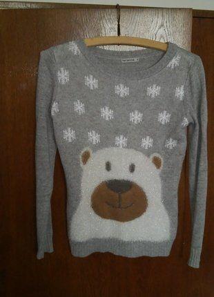 Kupuj mé předměty na #vinted http://www.vinted.cz/damske-obleceni/svetry/14953664-teply-zimni-svetr-s-medvedem