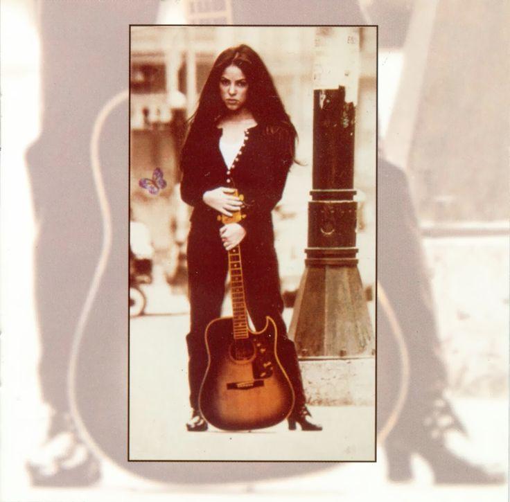 shakira pies descalzos album | Shakira - Pies Descalzos (Album Design & Booklet)