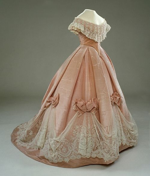 Evening dress ca. 1860's: Evening Dresses, Ball Gowns, Cinderella Dresses, Pale Pink, Evening Gowns, Civil War, White Lace, The Dresses, The Royals