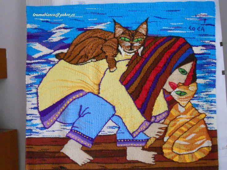 Tapiz de María Coca, Tramablanca. Mujer con gato y lince