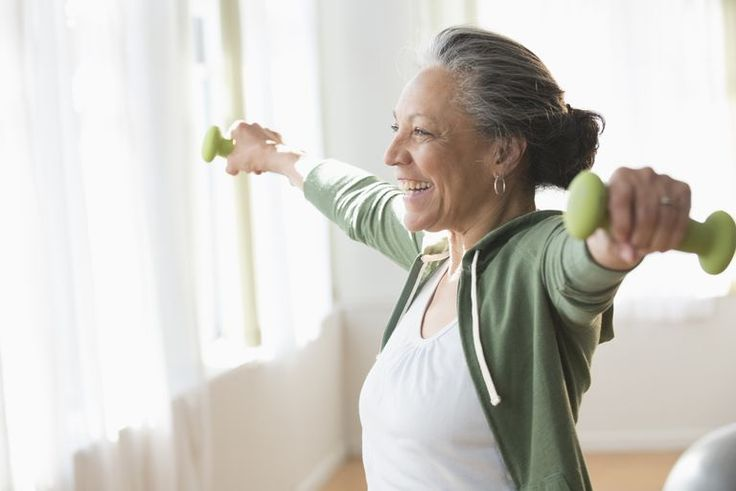 Here is a great 20-minute strength training routine for seniors to build their strength, endurance, and energy.
