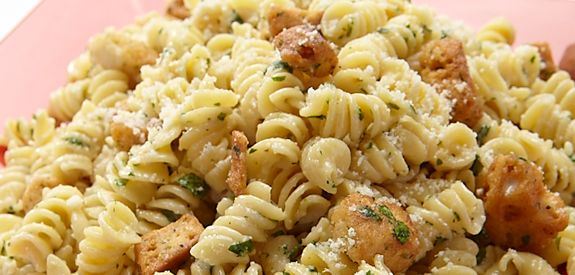 Pasta Salad- Caesar Pasta Salad: Caesar Salad, Pasta Salad Recipes, Yummy Recipes, Easy Caesar, Yummy Food, Cooking Chicken, Ceasar Pasta, Caesar Salads Mail, Add Chicken