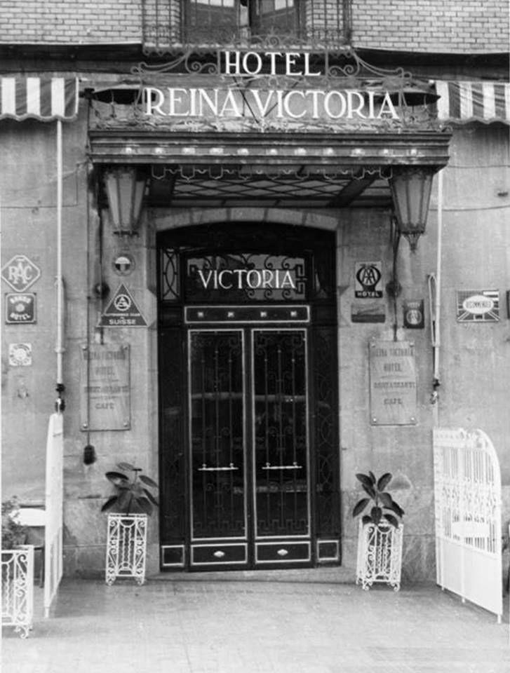Hotel Reina Victoria puerta