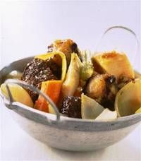 Recette : Pot-au-feu du tripier en queue de bœuf et joue de bœuf à la moelle - recettesdevalerie