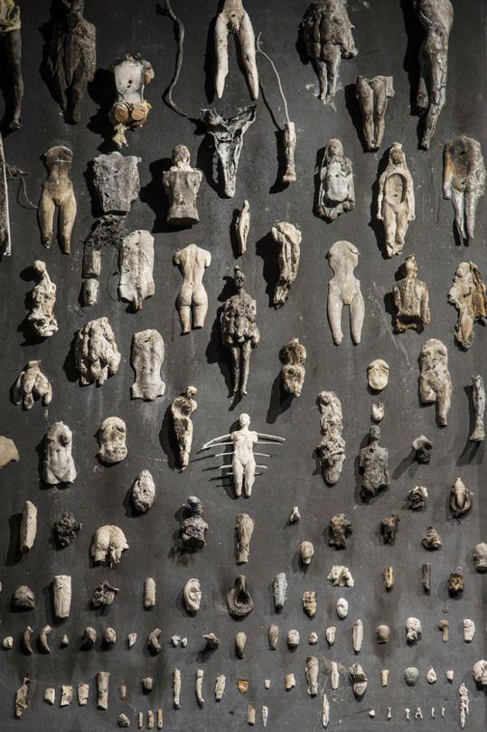 Nicola Samorì in 56TH INTERNATIONAL ART EXHIBITION LA BIENNALE DI VENEZIA 'ALL THE WORLD'S FUTURES' May 9 – November 22 2015 installation view: photos Fulvio Ambrosio.