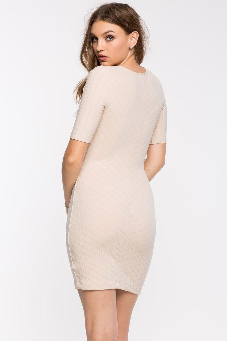 Платье Размеры: S, M, L Цвет: черный, кофе с молоком/хаки Цена: 1965 руб.     #одежда #женщинам #платья #коопт
