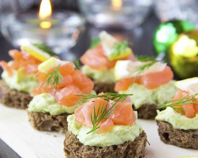 Toasts avocat-saumon