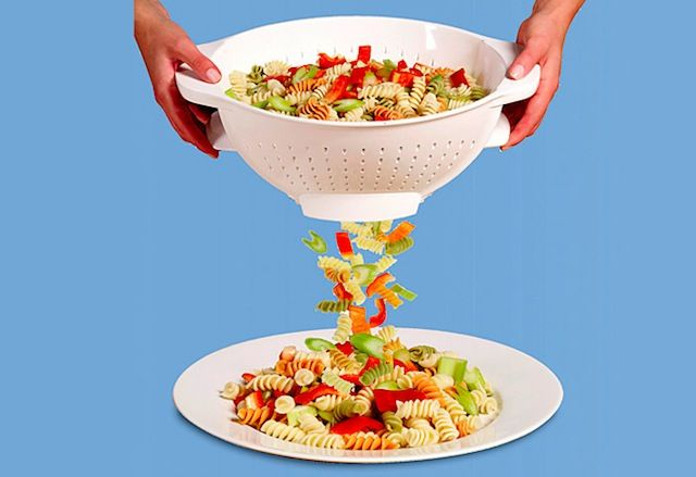 cute gift for a kid heading off to college.: Bowls Strainer, Nifti Things, Pasta Strainer, Kitchens Dining, Doors Colander, Kitchens Things, Kitchens Gadgets, Trapdoor, Traps Doors