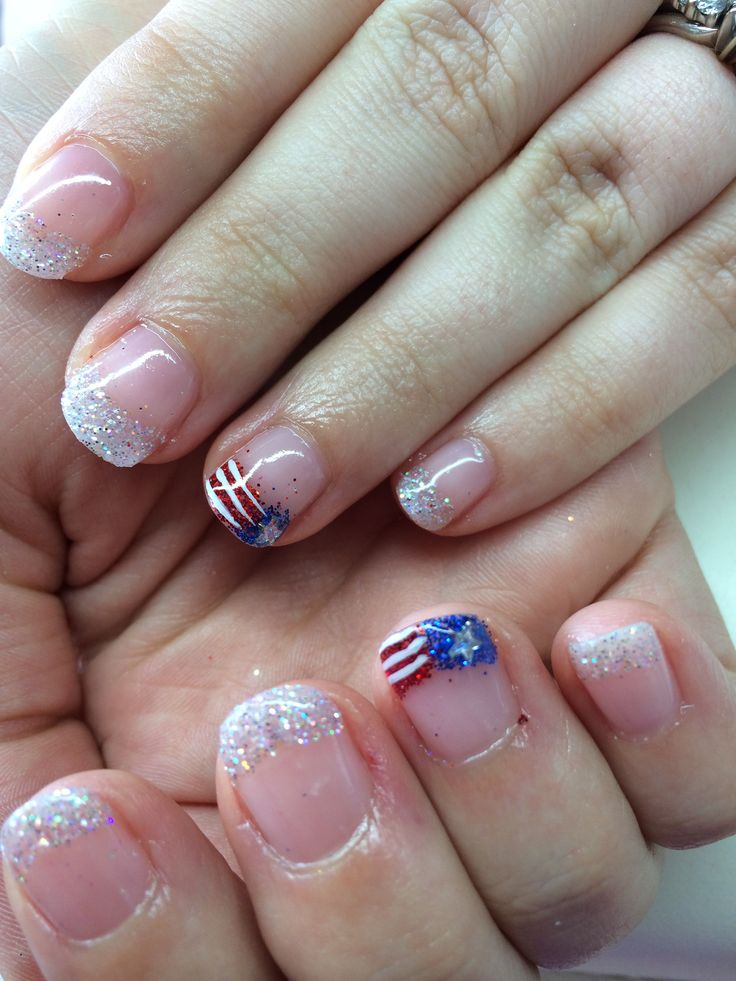 4th of July shellac nail design | Glamour design | Pinterest