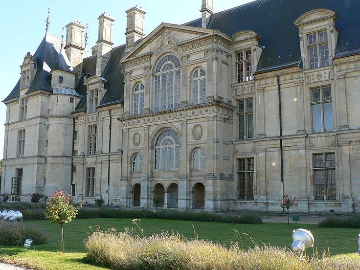 La façade principale du château d'Écouen donnant sur la Plaine de France-Anne de Montmorency (1493-1567)