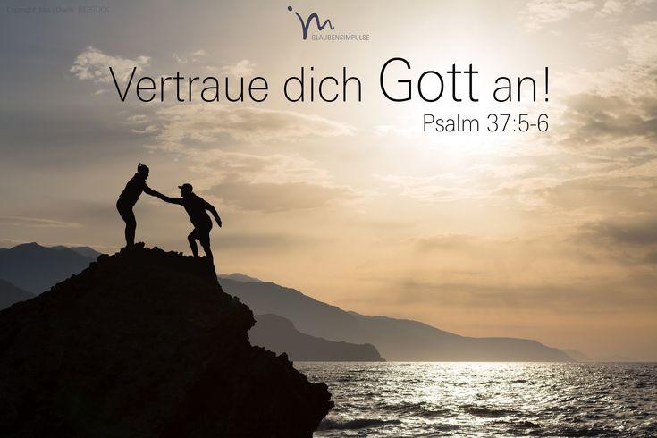 """""""#Befiehl dem #Herrn dein #Leben an und #vertraue auf ihn, er wird es #richtig machen. Dass du ihm #treu bist, wird dann #unübersehbar sein wie das #Licht; dass du #recht hast, wird allen #aufleuchten wie der #helle #Tag."""" #Psalm 37:5-6 #glaubensimpulse"""