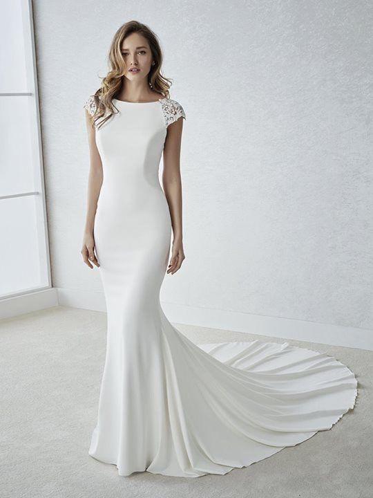 Fiana Wedding Dress By White One Bridal From Ovias Www Zadikabridal Ie