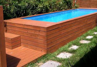 Quelle: www.busyboo.com Swimmingpool aus Seecontainer
