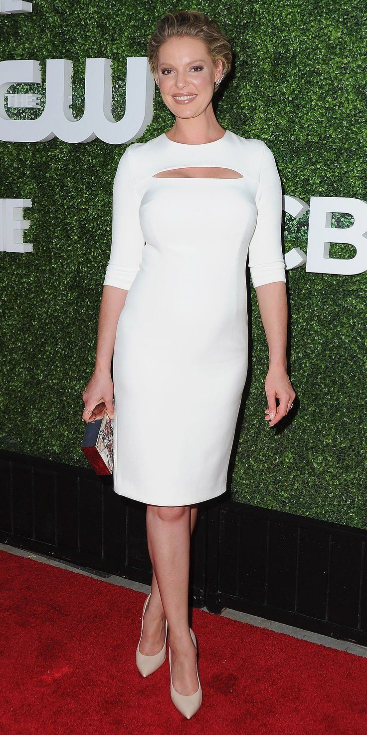Katherine Heigl Dazzles In White Cutout Dress In First Red Carpet Appearance Since Announcing Pregnancy from InStyle.com