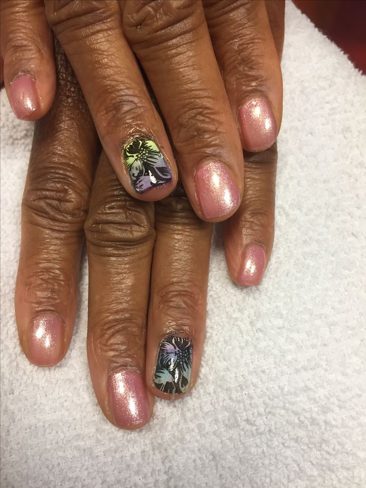 Ombre Manicure using opi princess rules and pueen stamping plates