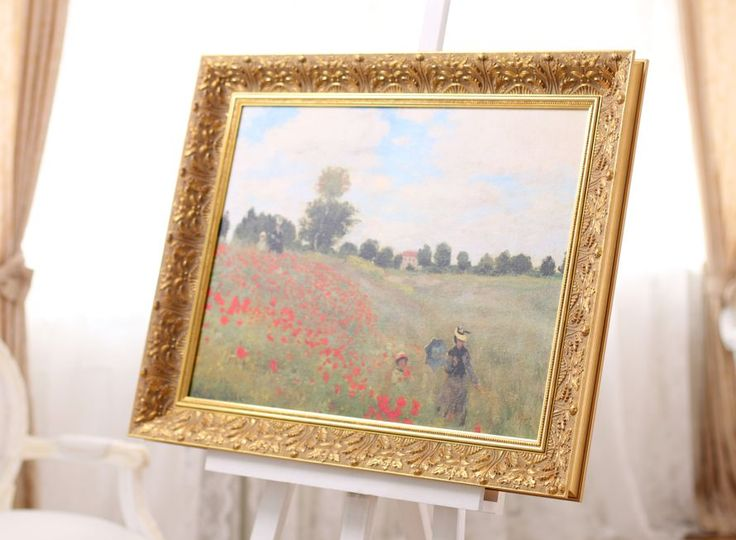 "#czech classy ""Royal"" moulding by @liracz is a perfect traditional fit for a copy of the famous painting Les Coquelitos by #Monet #liracz #ramovani #framing #customframing #impressionism #ornamental #claudemonet #coquelicots ramovani obrazu claude monet"