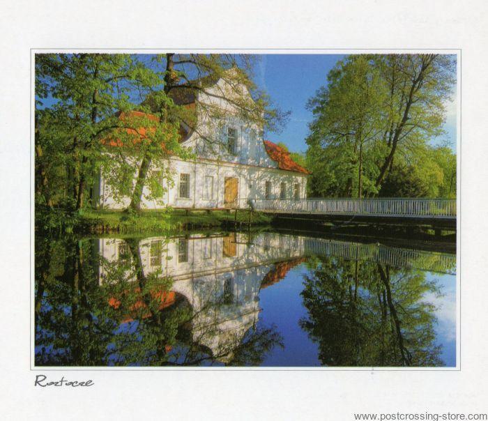 Zwierzyniec barokowy kosciol /na wodzie/ Polska