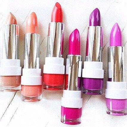 Labiales Dose Of Colors  Precio: 5000 A partir de 3 en 4000bsf  #sabado #maquillajevenezuela #labialesmatte #labiales #labialesdose #doseofcolors #moda #mujer #style #girl #caracas #vargas #miranda #chicas #tbt #elayoficial