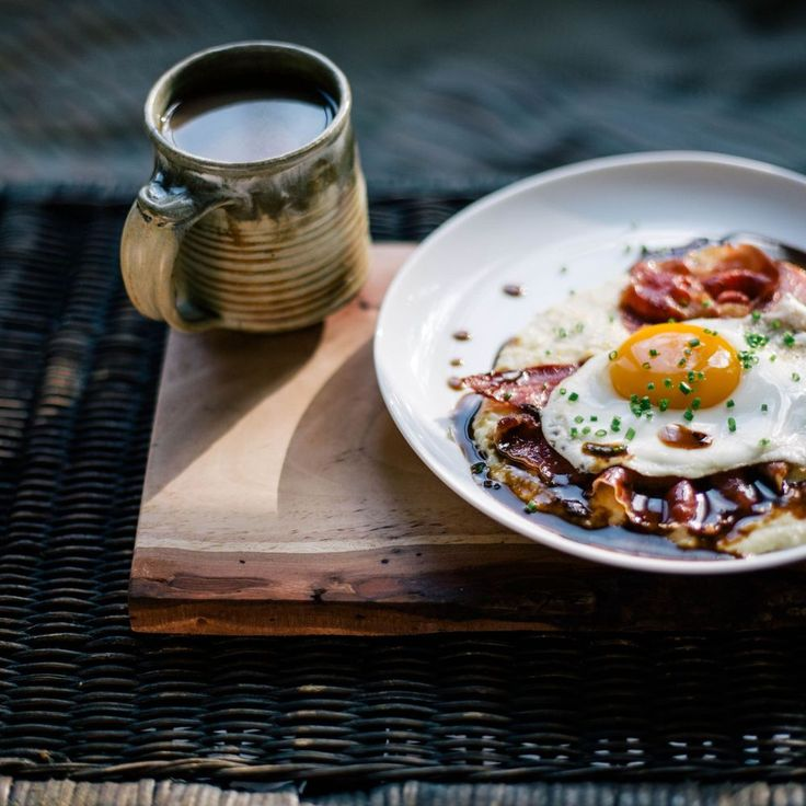 Goat Cheese Grits with Red Eye Gravy, Country Ham, and a Fried Egg ...