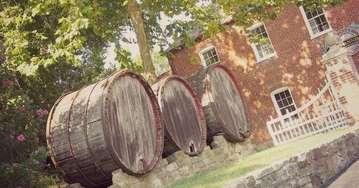 Great blog post about Missouri's rich winemaking history!   This Midwestern Girl