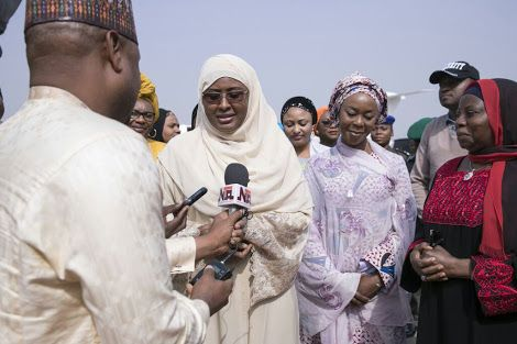Buhari's Wife Returns To Nigeria (Photos)