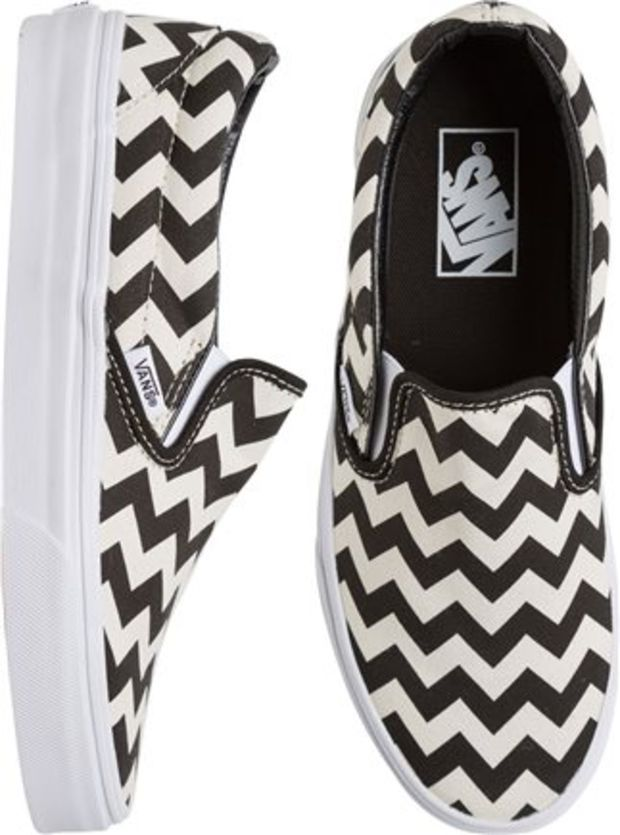 VANS CLASSIC SLIP ON CHEVRON SHOE