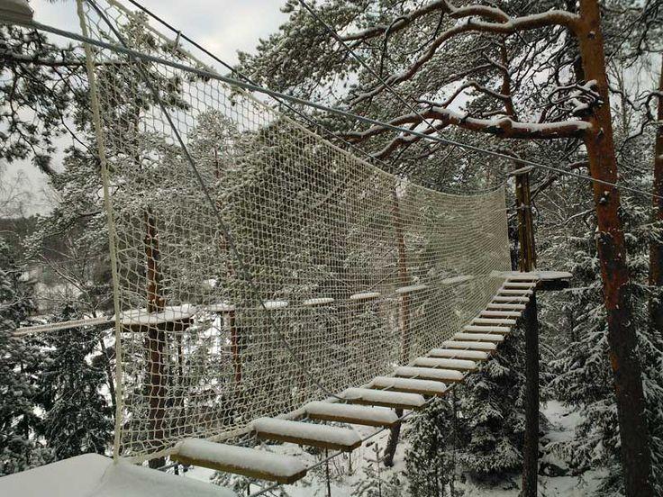 Lumisia tunnelmia vastavalmistuneilta yläradoilta.