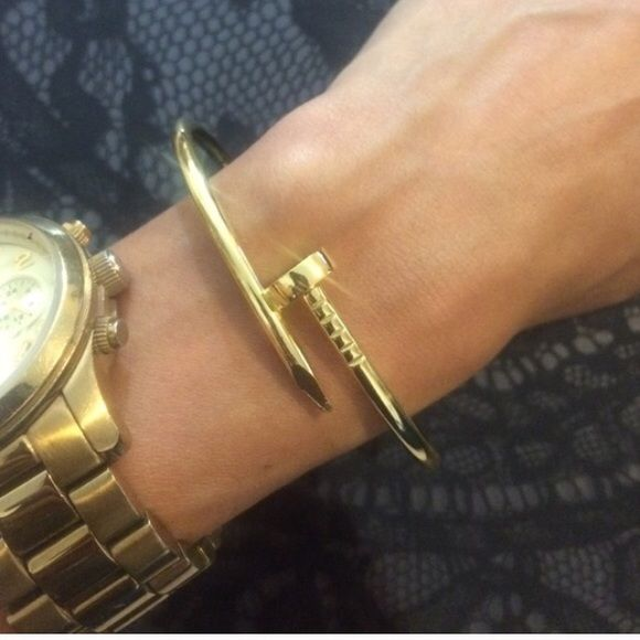 Kylie Jenner Style Gold Bracelet New gold plated screw nail bracelet. Measures 8 inches around. Gorgeous statement bangle. No trades. Jewelry Bracelets