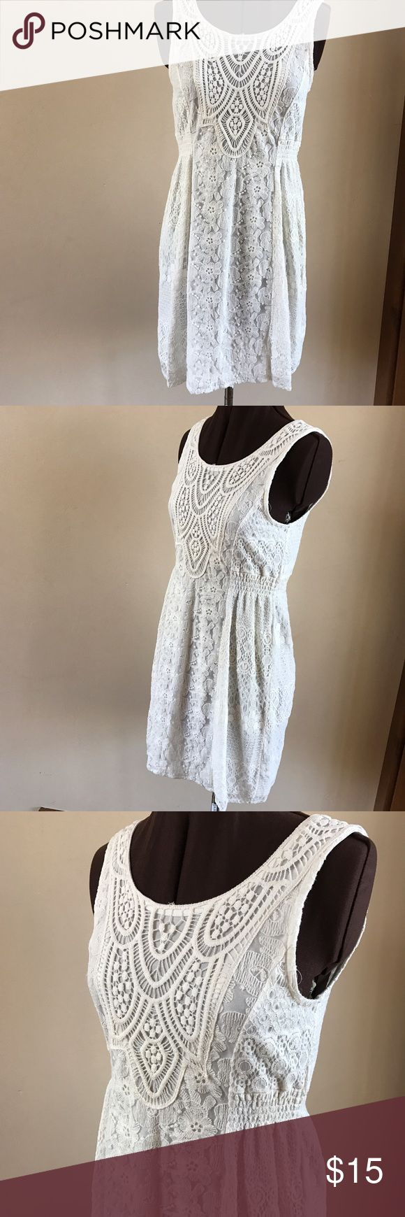 """OFF WHITE LACE LINED LACE DRESS Beautiful for summer weddings and parties. Off white lace dress is fully lined and a full back zipper. Size Small. Approx measures 15.5"""" under arms, 14"""" waist and 34.5"""" overall length. Solitaire Dresses"""