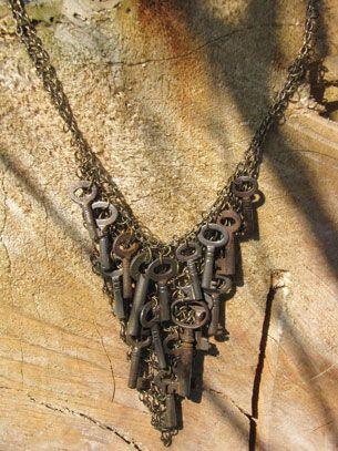 vintage key necklace ...