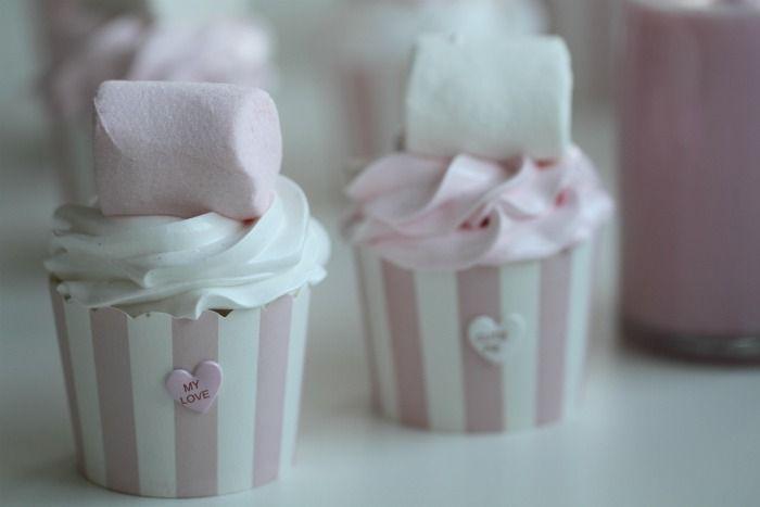 Sweet Pink Marshmellow Cupcakes ♥