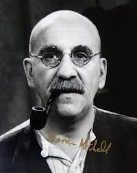 Warren Mitchell...not just for Alf Garnett but as a very distinguished and accomplished actor.