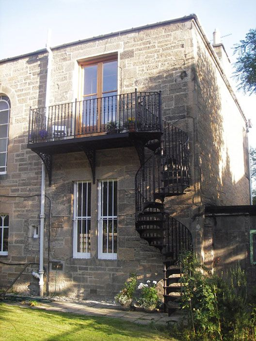 Traditional Victorian Cast Spiral Staircases – British Spirals & Castings