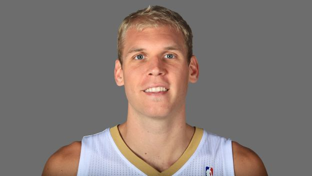 Pelicans free agent center Greg Stiemsma will try to make the Toronto Raptors this year