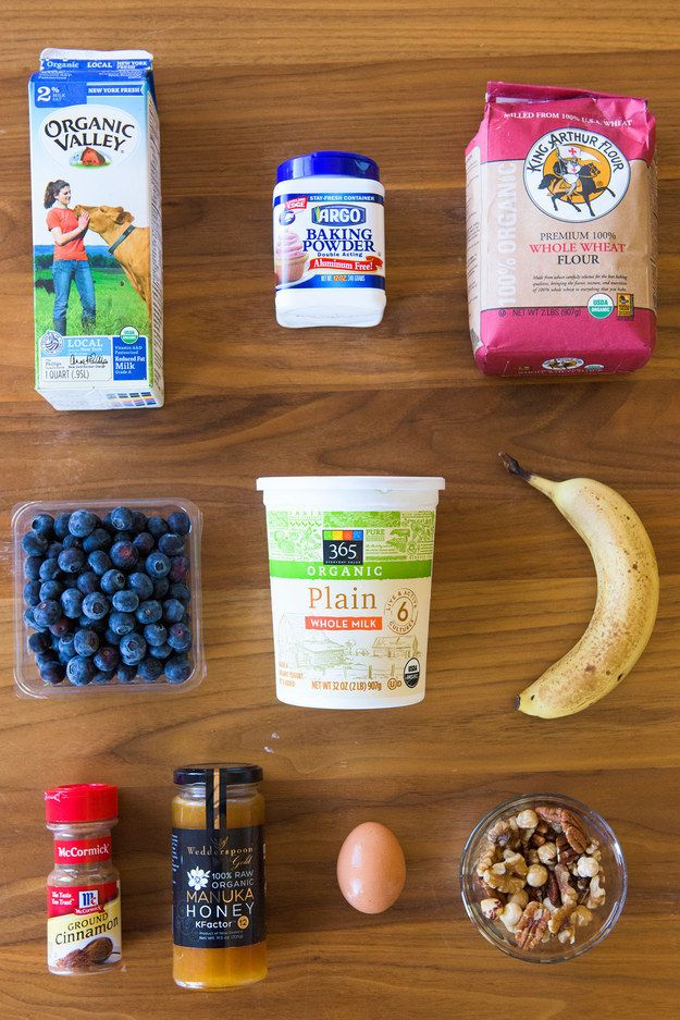 Here is everything you need to make the smoothie pancakes: | Here's How Jamie Oliver Turns A Healthy Smoothie Into Pancakes