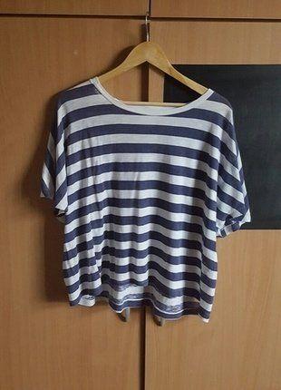 Koop mijn artikel op #vinted http://www.vinted.nl/dameskleding/topjes-t-shirts/252567-gestreepte-blauw-wit-t-shirt-van-the-sting