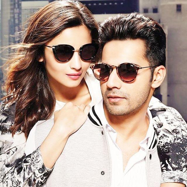 Tu munda bilkhul desi hai Main Alia toh sohni ve Jab hum dono mil jaaye to lagte bilkul sone ve..... Mainu kala chashma Ho tenu kaala chasma jachda jachda hai gore mukhde te..... Perfect together... Lovely click @aliaabhatt @varundvn @ideeeyewear #ideewear #photoshoot #love #cuties #new #pic