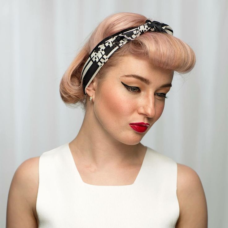 #sneakpeak Like/Comment below if you want to see how we created this 50's inspired look on Nicole using Thin Lizzy Products! We will be sharing the video on Friday so stay tuned to see more! #makeup #beauty #thinlizzybeauty #mua