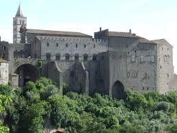 Palazzo Papale visto da Valle Faul