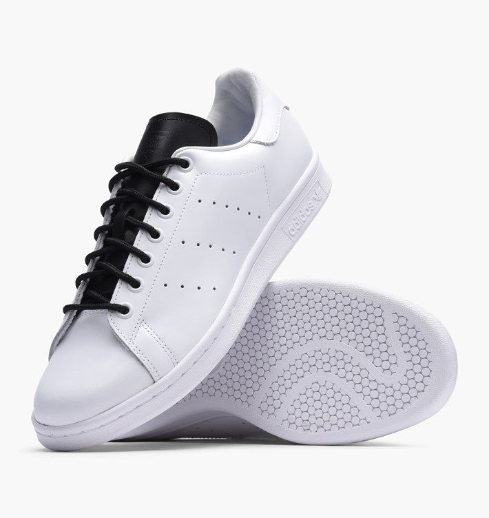 Buy adidas Originals Stan Smith at Caliroots. Article number: Streetwear &  sneakers since